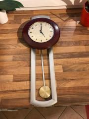 Uhr Pendeluhr
