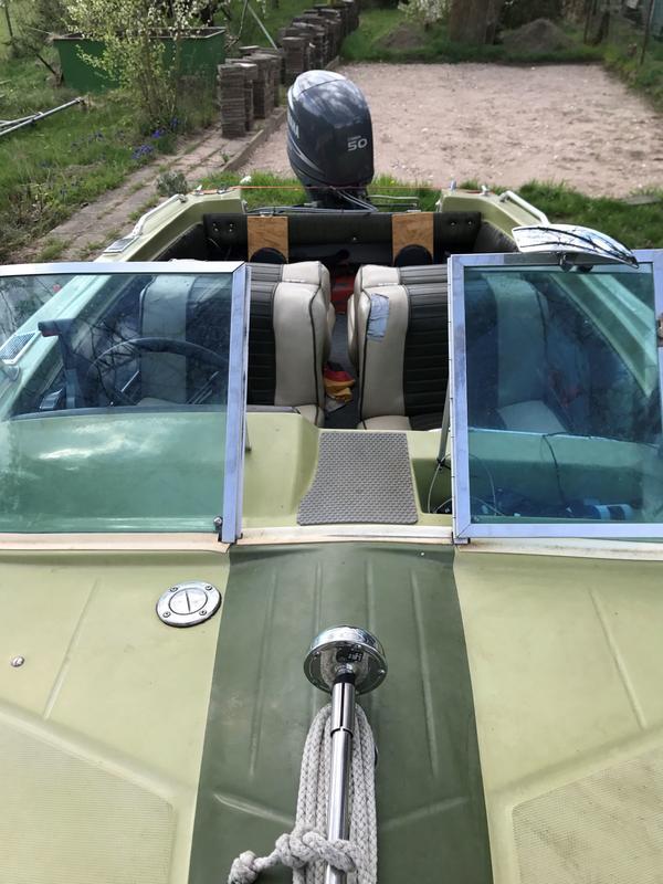 vieser tornado 50ps 4 takt mit trailer sportboot. Black Bedroom Furniture Sets. Home Design Ideas
