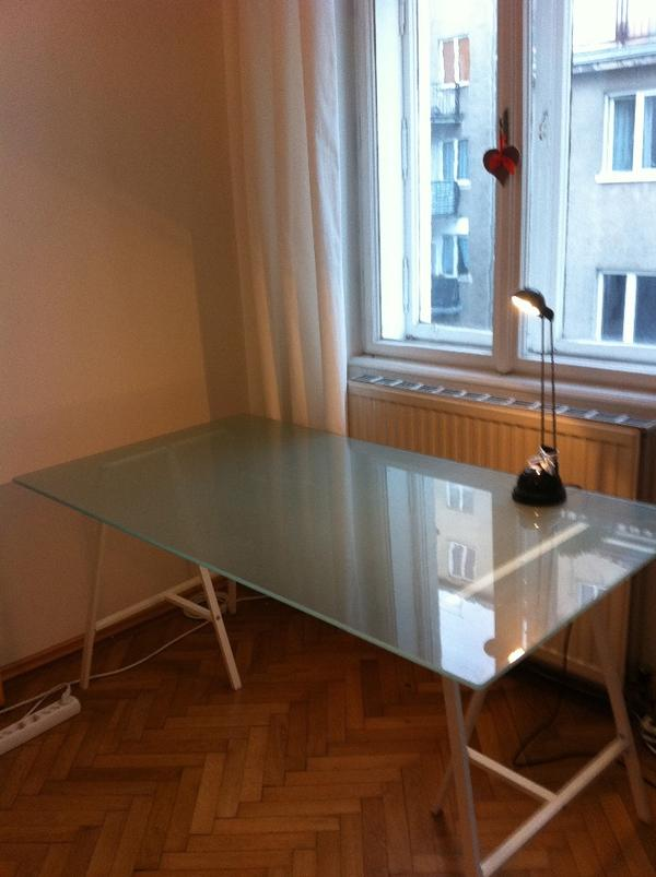 weißer schreibtisch mit glasplatte - sehr neu in vaterstetten ... - Glasplatte Küche Ikea