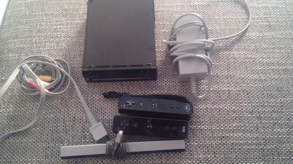 wii - Schriesheim - Wii im guten Zustand, ohne Spiele, 2 Drücker, - Schriesheim