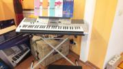 Yamaha Keybard E403